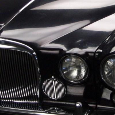 Jaguar MKX 420