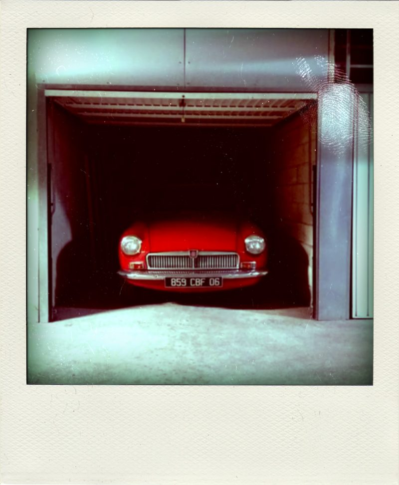 MGB GT abandonnée