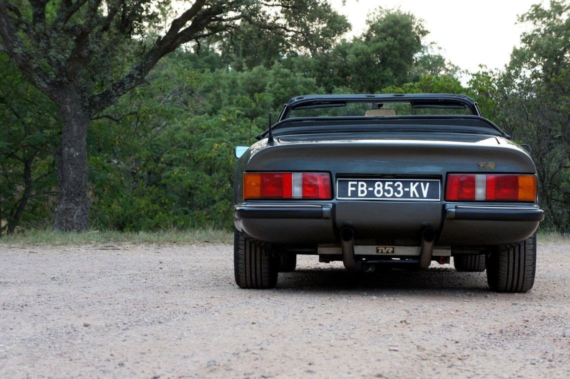 TVR S2, modèle 1990, vue de l'arrière