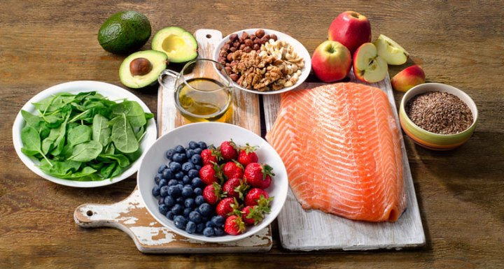 Heart Healthy Superfoods to Improve Your Health