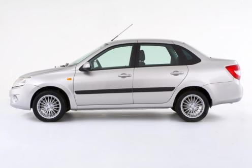 Das Auto Lada Granta ist bereist für unter 10.000 Euro zu haben. Bildquelle: Lada