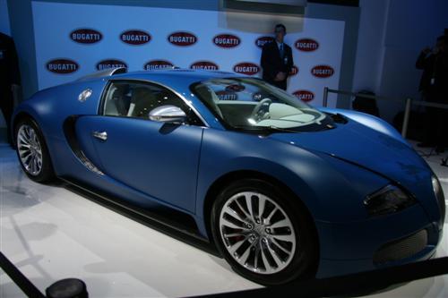 bugatti-veyron-bleu-centenaire-live-photos-4
