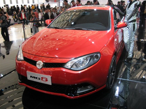mg6-turbo-at-shanghai-auto-show