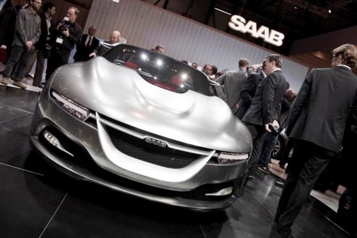 Saab PhoeniX Concept Live at Geneva 2011