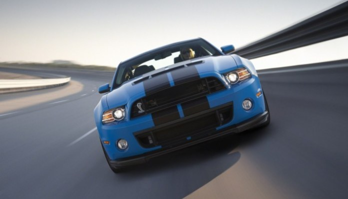 ford-shelby-gt500-facelift-2013-4