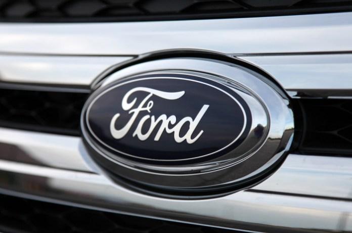 2011-Ford-Edge-logo