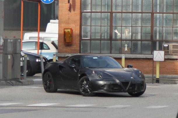 Alfa Romeo 4C Spy Photos
