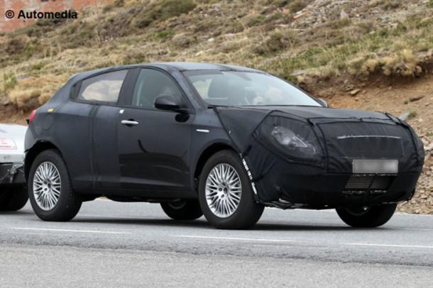 Alfa Romeo CXover spy photos