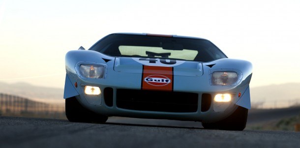 1968-Ford-GT40-Gulf-Mirage-Lightweight-Racing-Car
