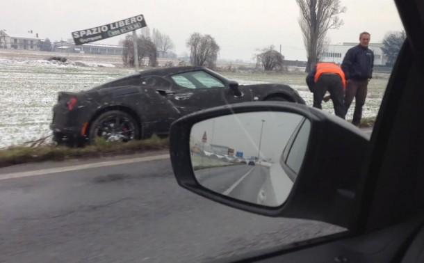 Alfa Romeo 4C prototype crash