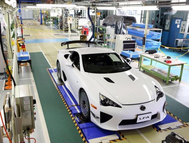 Lexus Signs Off On Final LFA