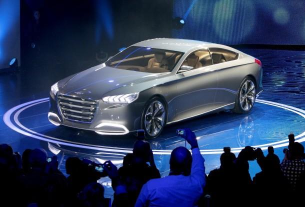 Hyundai HCD-14 Genesis Concept (7)