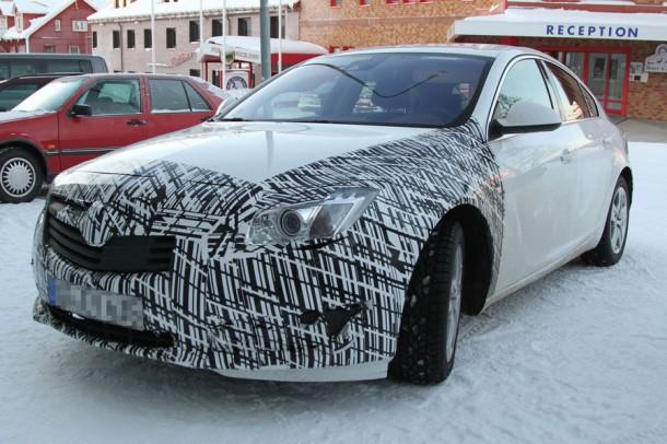 Opel Insignia Facelift Spy Photos (1)