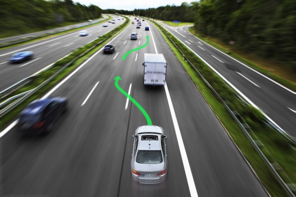 BMW and Continental Research project Highly automated driving on highways (16)