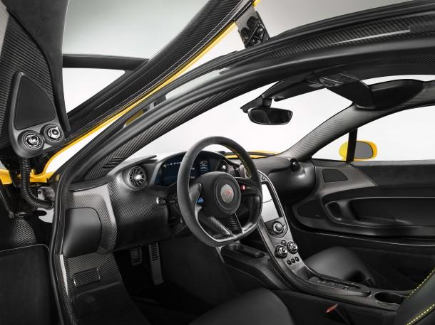 McLaren P1 2013 - Production version (6)