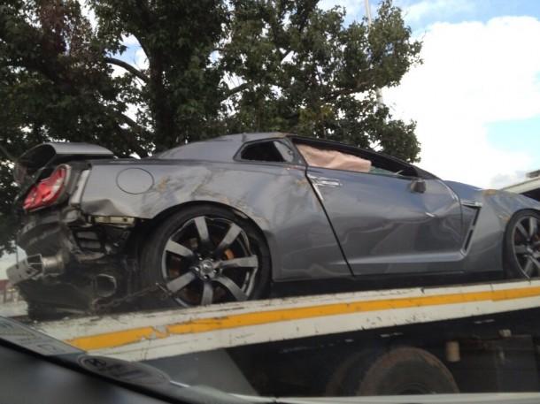 Nissan GT-R Crashed (1)
