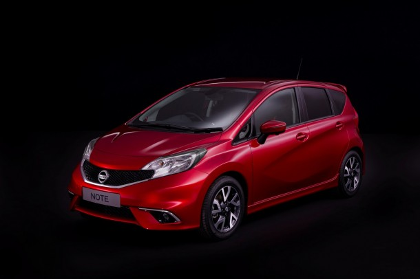 Nissan Note 2014 (1)