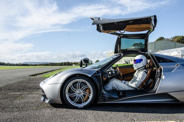 Pagani Huayra with Stig from Top Gear (1)