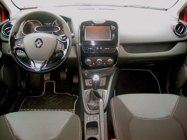 Test Drive_ Renault Clio 0.9 TCe 90 - 03
