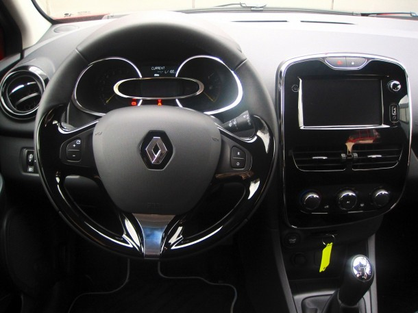 Test Drive_ Renault Clio 0.9 TCe 90 - 05