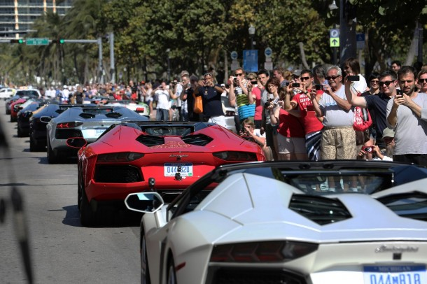 lamborghini-aventador-roadsters-on-miami-2