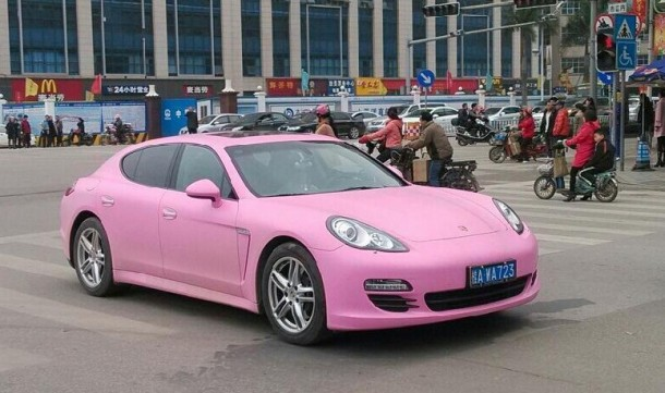 pink-porsche-panamera-in-china-55287_1