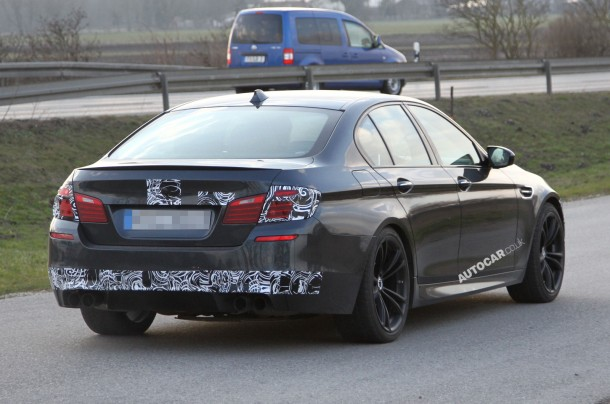 BMW M5 facelift 2014 Spy Photos (2)