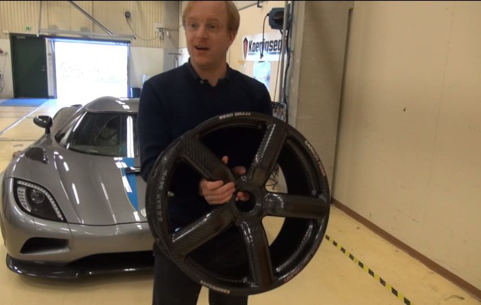Pure carbon rim of Koenigsegg is VERY light