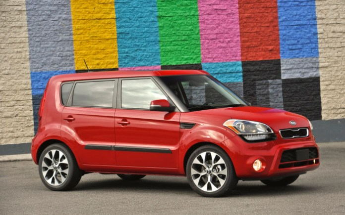 2013-Kia-Soul-right-side