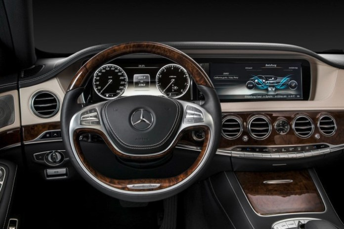 Official Mercedes-Benz S-Class (W 222) 2013