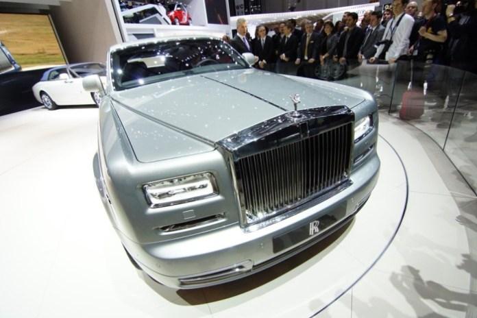 Rolls-Royce-Phantom-II-Geneva_2