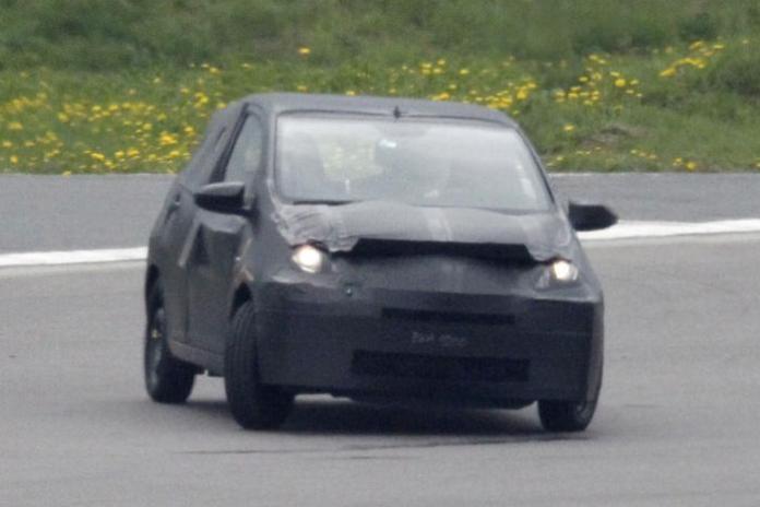 Toyota Aygo 2014 Spy Photos (1)