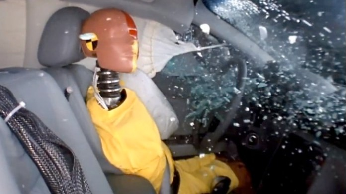crash-test-dummies-s-job-explained-by-iihs-video-59051-7