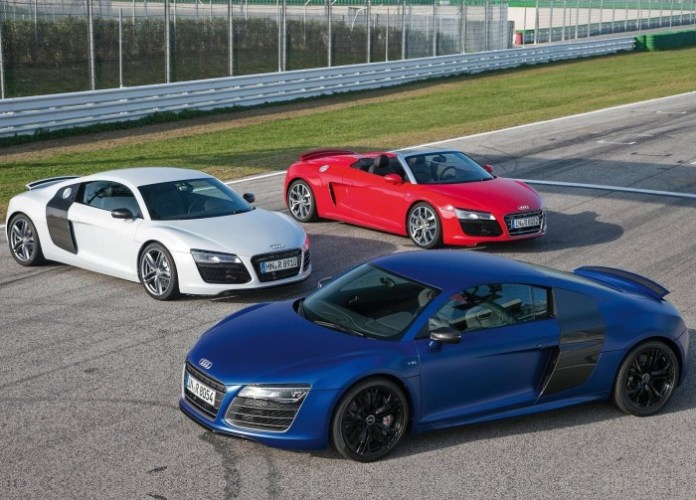 Audi-R8_V10_Spyder_2013_1600x1200_wallpaper_18