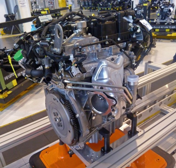 Ford-1.5-liter-EcoBoost-Four-Cylinder-Engine-2