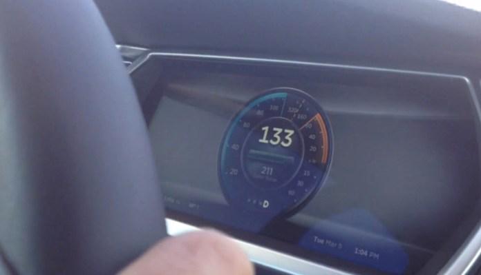 Tesla Model S Top Speed Run