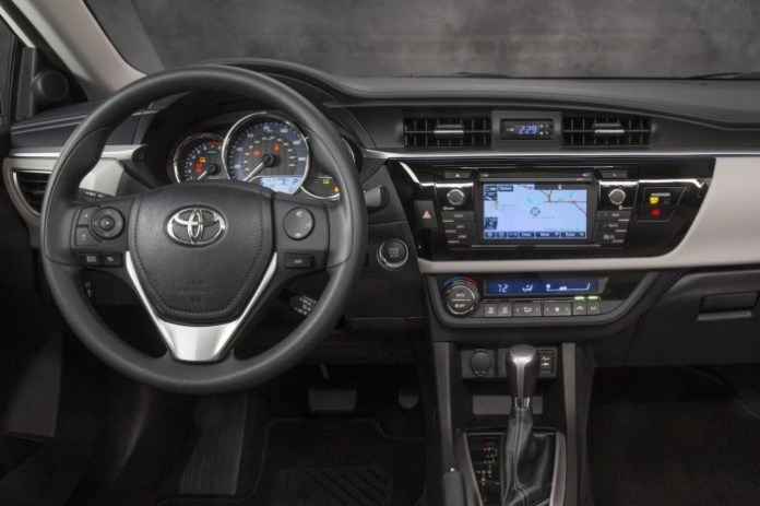 Toyota Corolla 2014 (35)