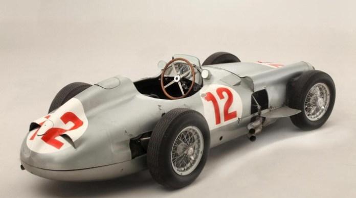 Juan Manuel Fangio Mercedes W196R 1954 Formula 1 (3)