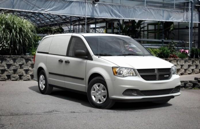 Ram Cargo Van 2014 (1)