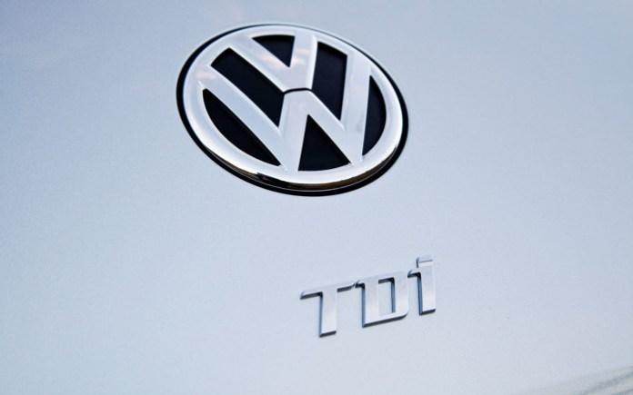 2013-Volkswagen-Beetle-TDI-Logo
