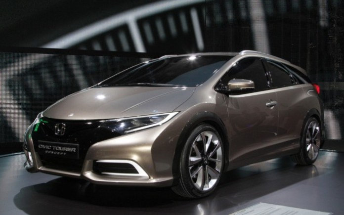 Honda-Civic-Tourer-Concept-front-left-view-1024x640
