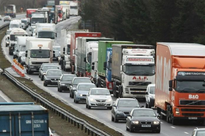 M8 Traffic Congestion-1217965.png