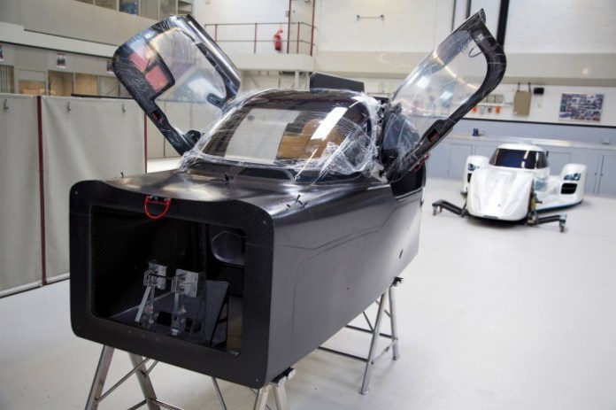 Nissan ZEOD RC - preparing for track debut (1)