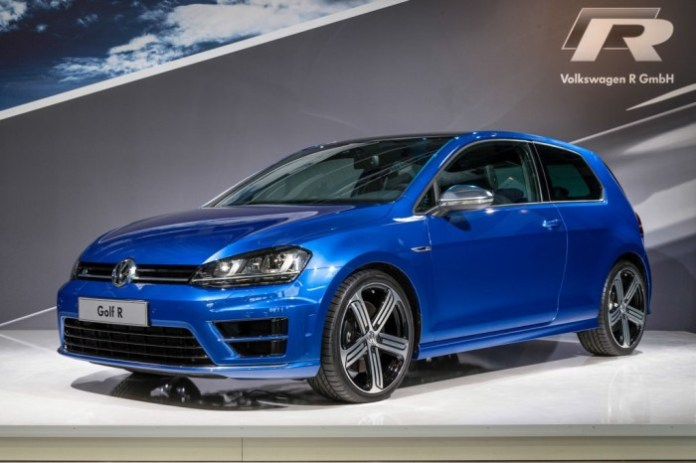 Volkswagen Golf R 2014 Live Photos (2)