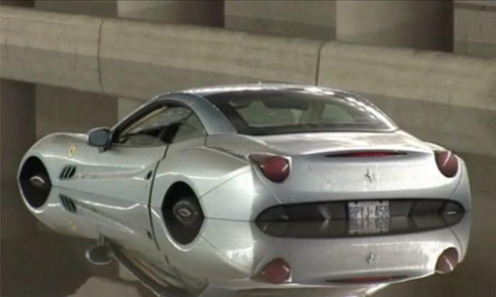 2010-Ferrari-California-flooded-in-toronto