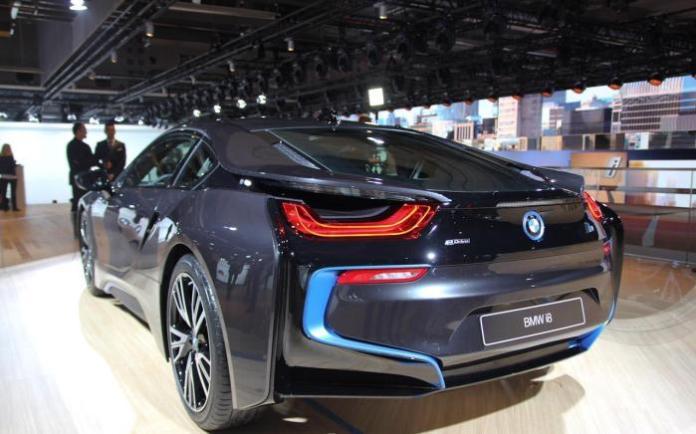 BMW i8 Live in Frankfurt Motor Show 2013 (5)