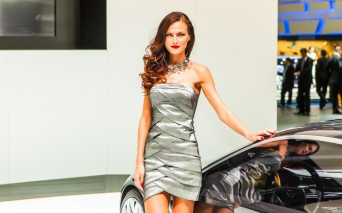 Babes at Frankfurt Motor Show 2013 (23)
