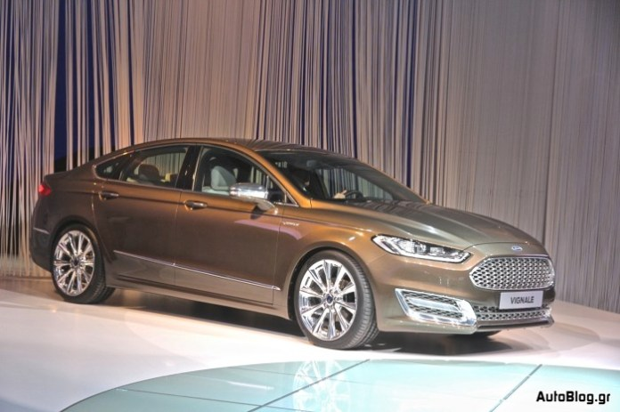 Ford Mondeo Vignale Concept Live in Frankfurt Motor Show 2013 (23)
