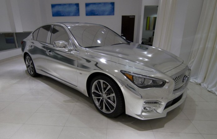 High Fashion Designers Put Signature Touch on the Infiniti Q50 (1)