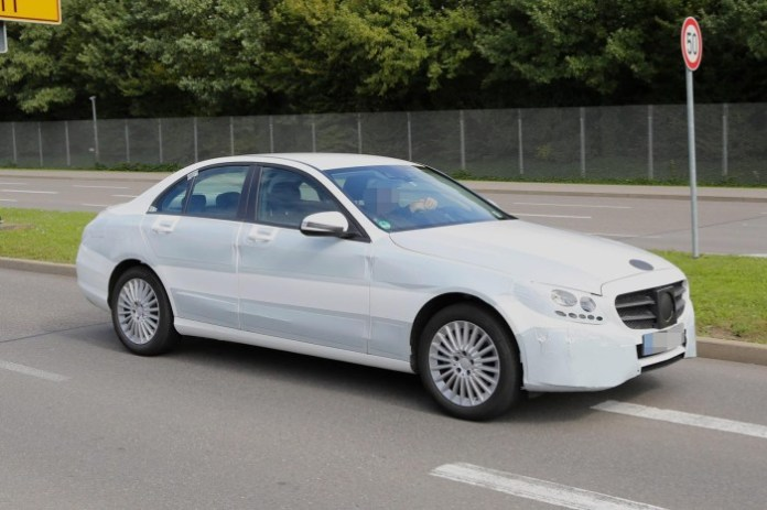 Mercedes C-Class 2014 spy photos (2)